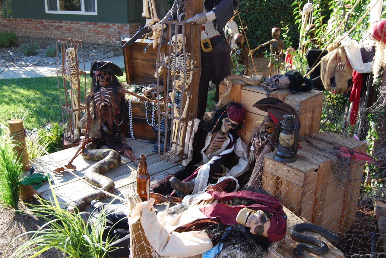 Halloween decorations ideas inspirations halloween outdoor decoratio - Deco halloween exterieur ...